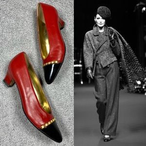 90's Couture Look Pointy Toe Gold Chain Red Pumps